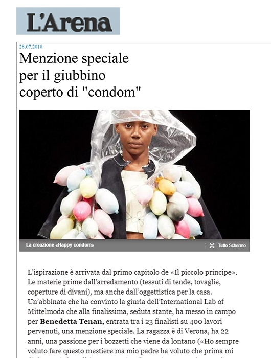 MENZIONE SPECIALE PER IL GIUBBINO COPERTO DI condom